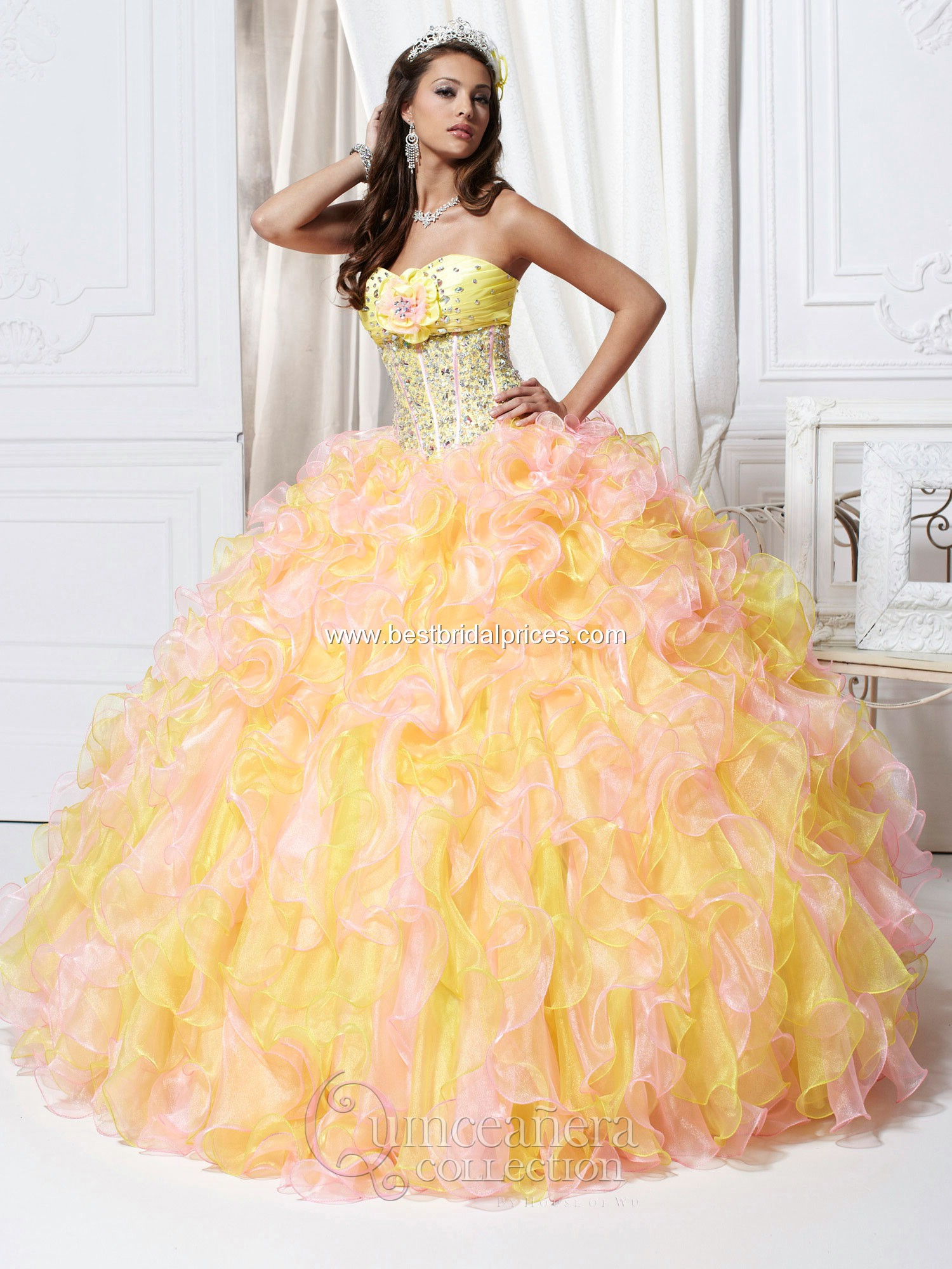 A Yellow Quinceanera