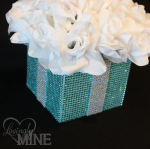 tiffany blue quinceanera flowers